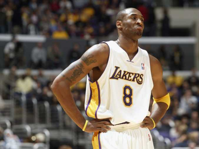 this-is-the-single-most-iconic-moment-of-kobe-bryants-career